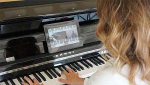 Lies unseren Blog zum Thema Klavier online spielen.